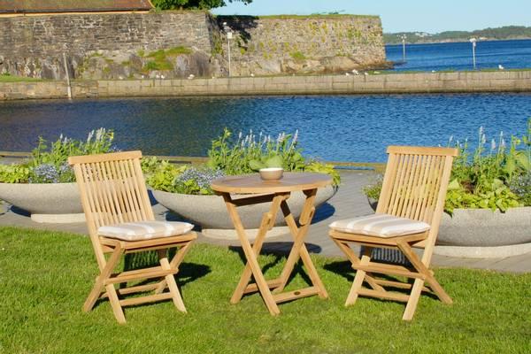 Bilde av Global sett 2 klappstoler+bord Ø70 cm - teak