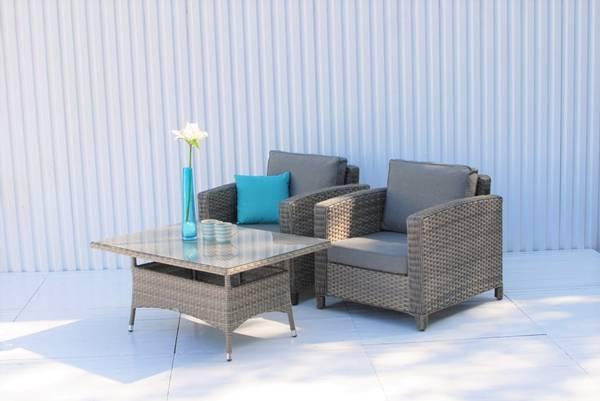 Bilde av Malaga sett 2 stoler m/puter+bord - gråbeige/vitrolgrå